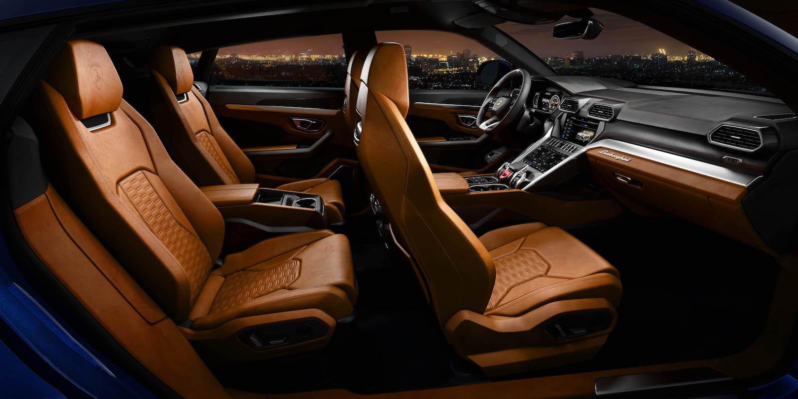 2019 Lamborghini Urus Revealed Packing 641 Hp V 8 And 200 000 Base