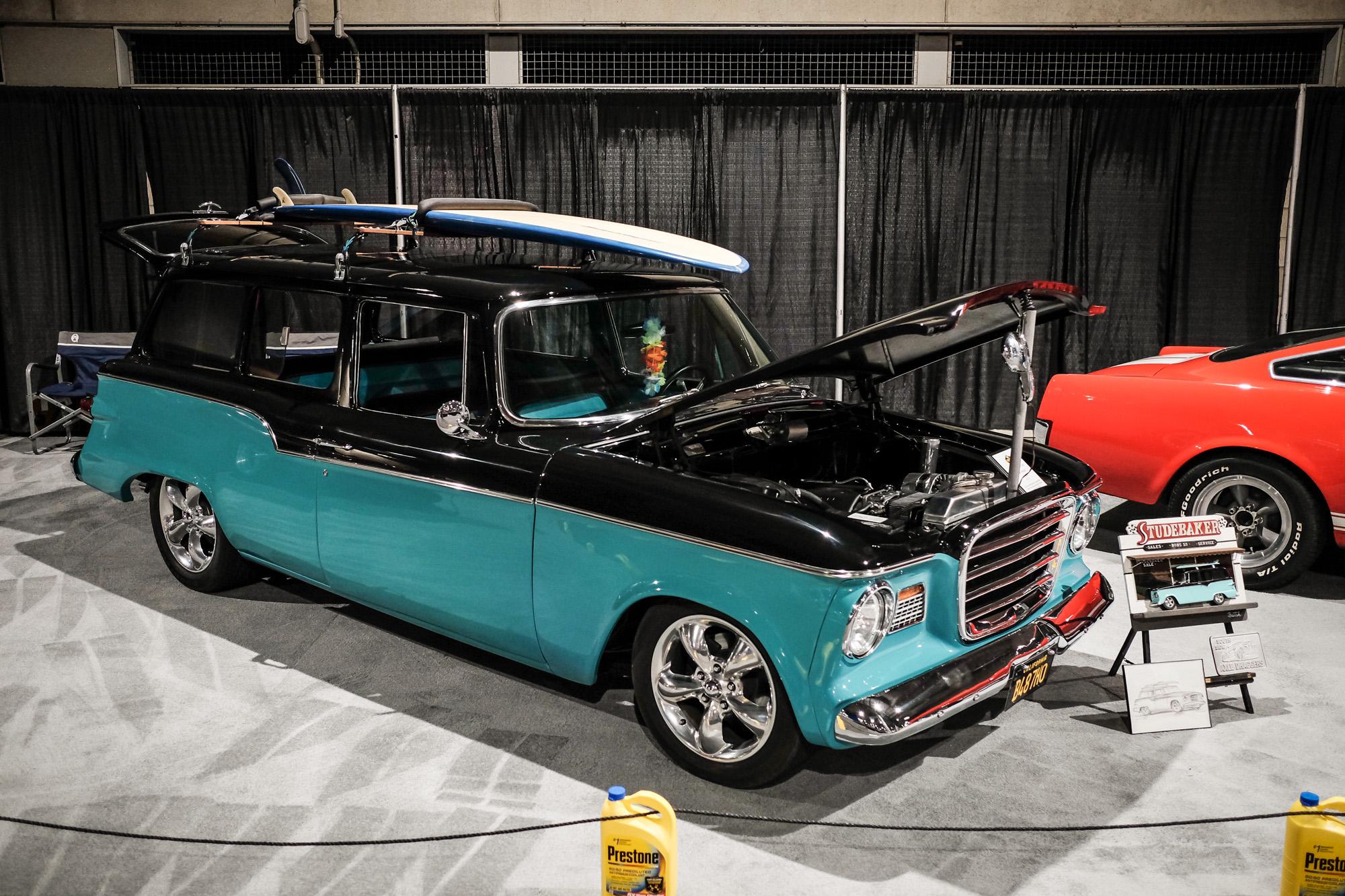 Check Out The Cool Classics Exotics And Trucks In The La Auto