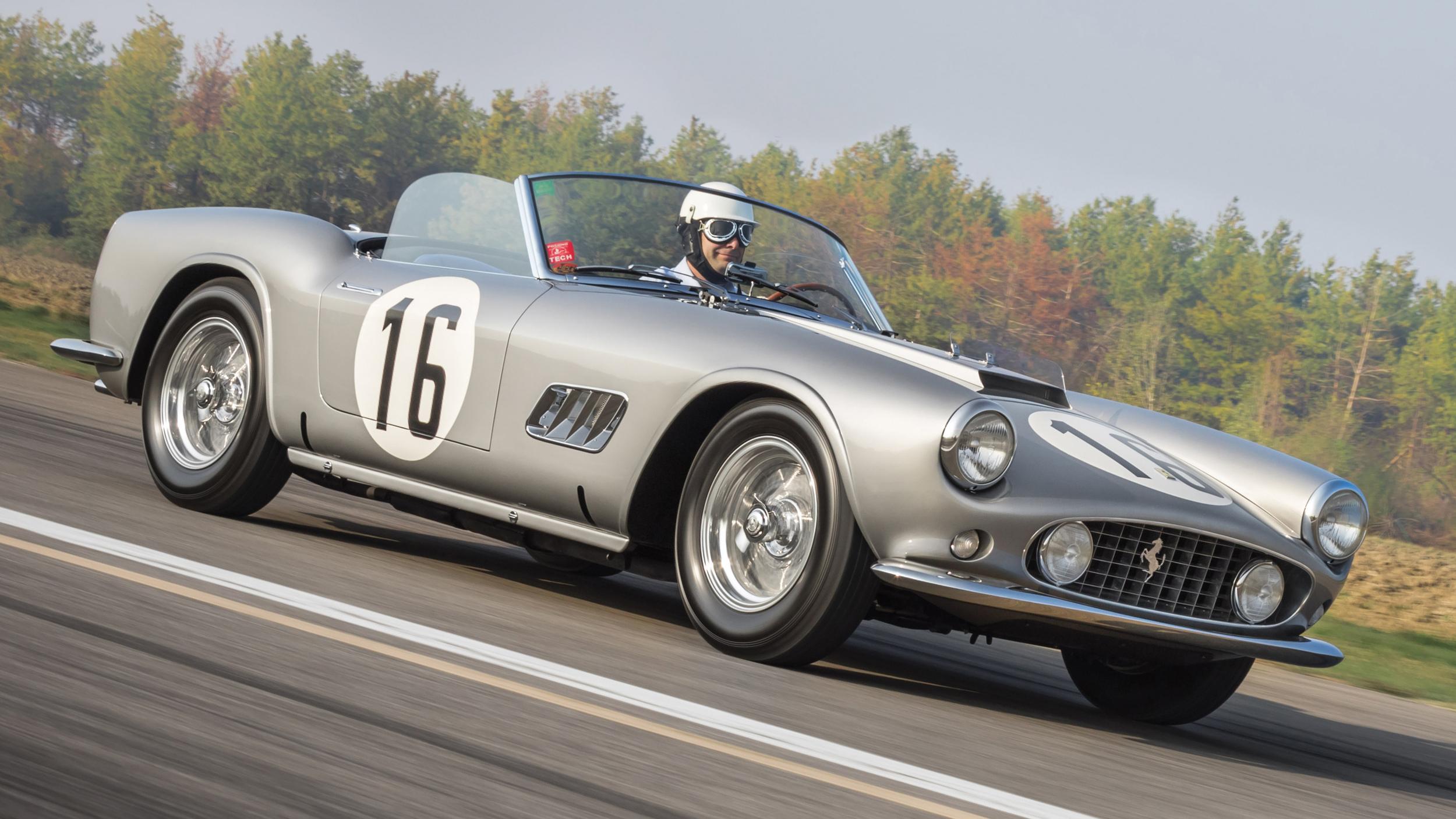 1959 Ferrari 250 Gt Lwb California Sells For A Cool 18 Million