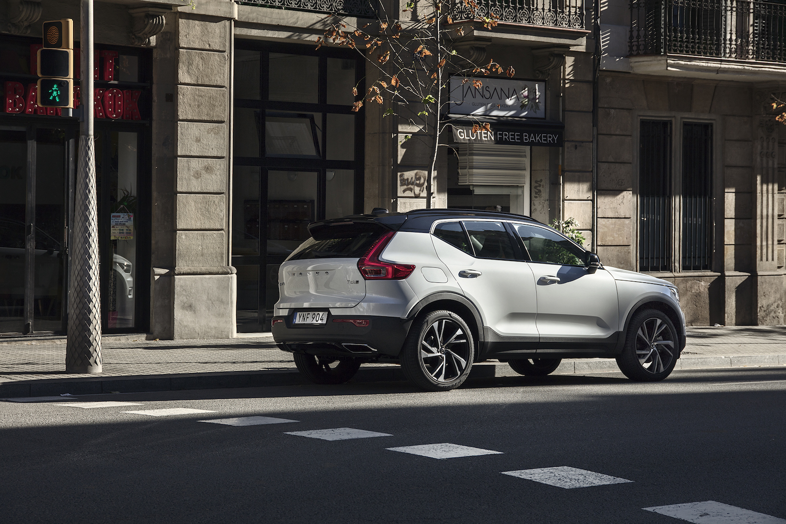 2019 Volvo XC40 Review: Can This Crossover Redeem an Entire