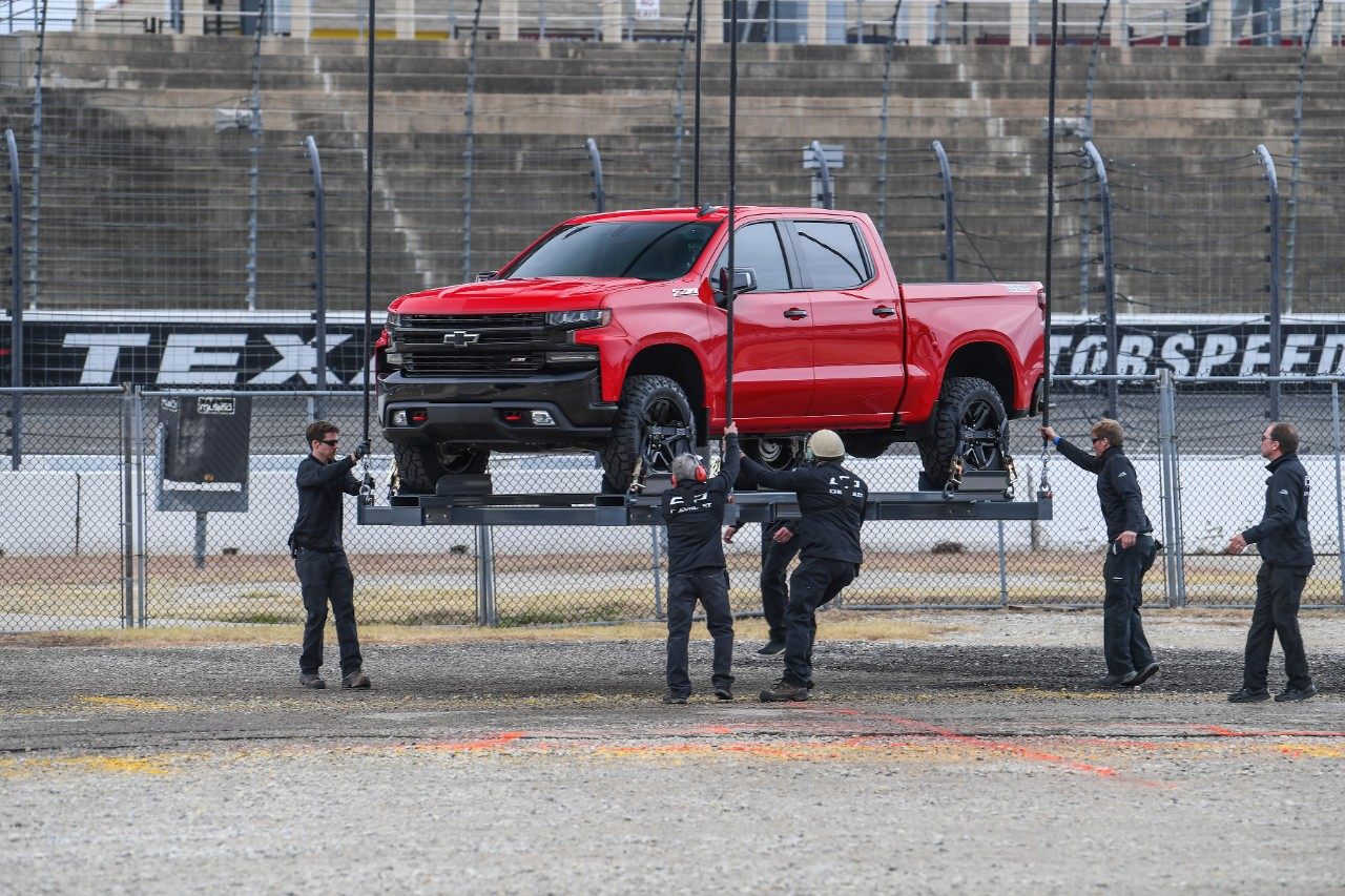 GM Reveals 2019 Chevrolet Silverado 1500 in Surprise Texas ...