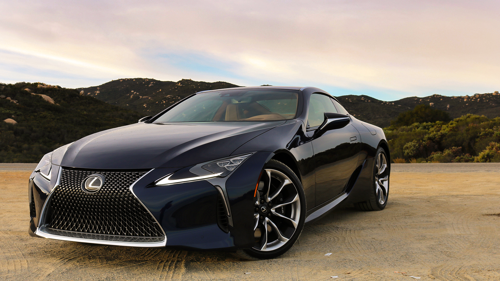 2018 Lexus Lc 500 Review A Sci Fi Stunner For The Luxurious Long