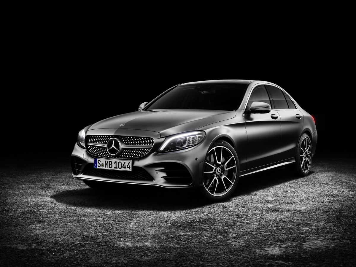 Mercedes-Benz has unveiled the updated C-Class