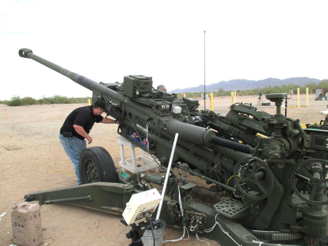 3rd Cavalry Regiment soldiers are firing intense artillery