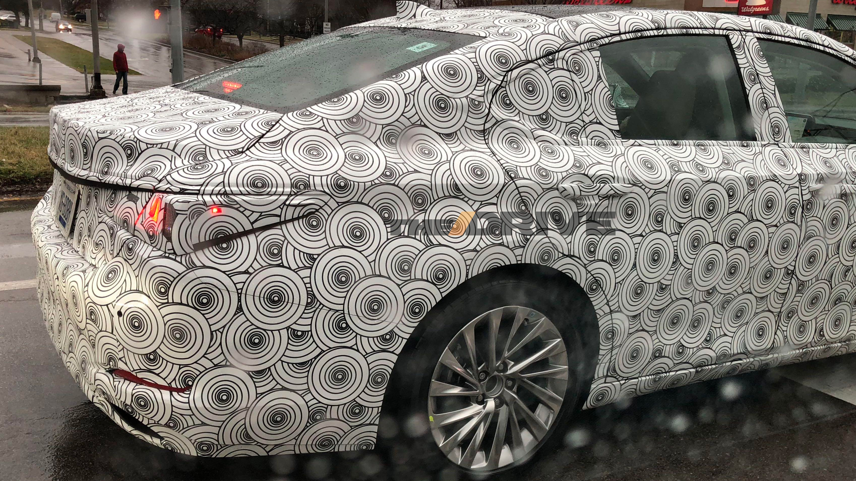 2019 Lexus ES Caught Testing in Kentucky - The Drive