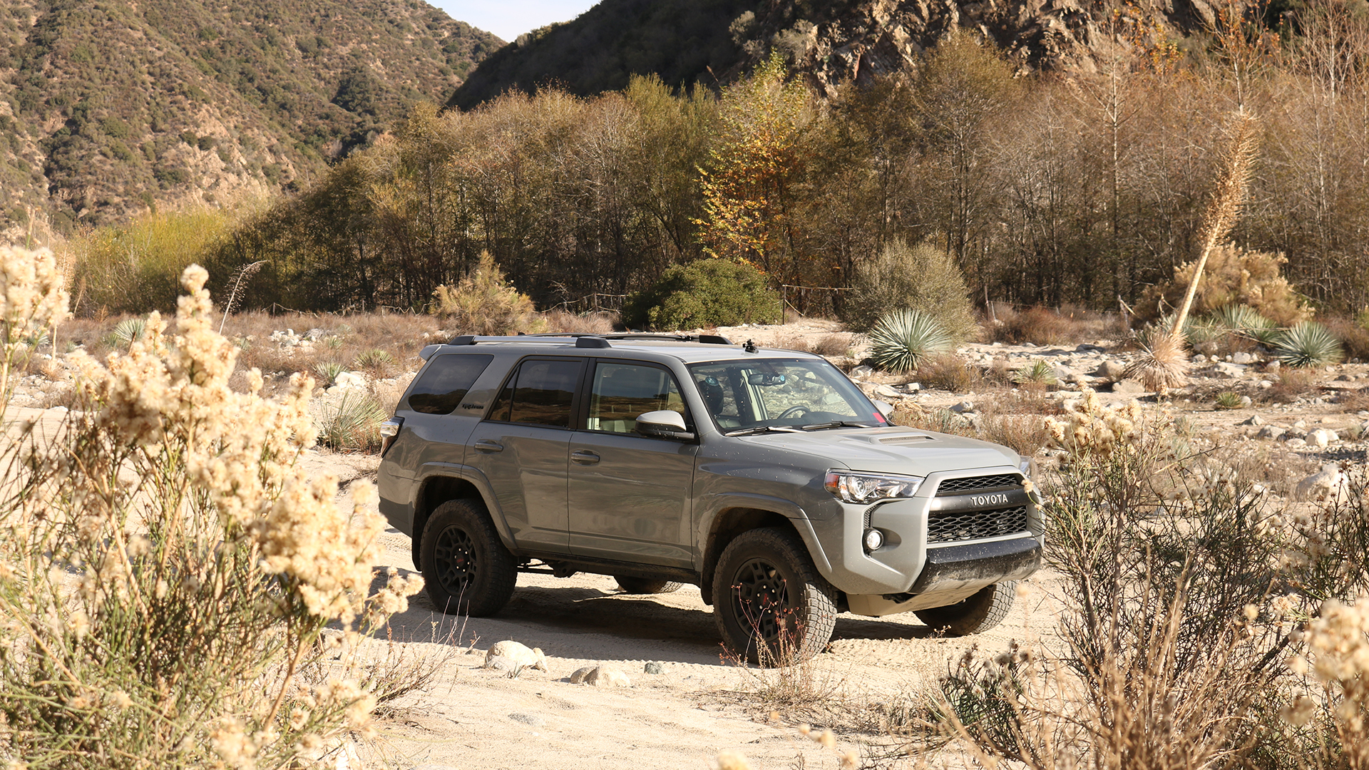 4runner Off Road >> 2017 Toyota 4runner Trd Pro Review Old School Off Road Goodness