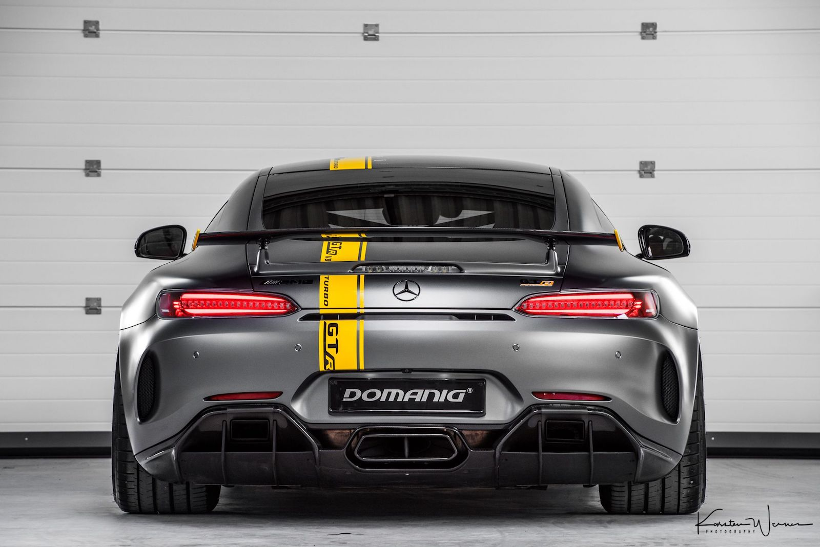 This 769-Horsepower Mercedes-AMG GT R Does 205 MPH - The Drive