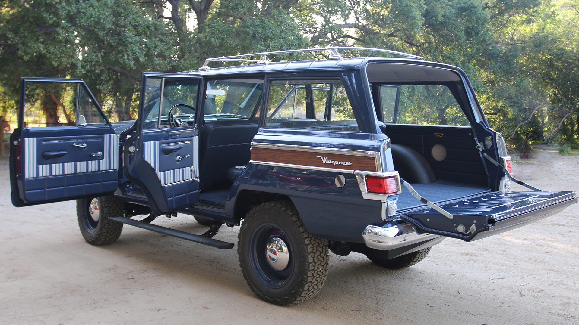 Icon Jeep Wagoneer Reformer Review Driving A Time
