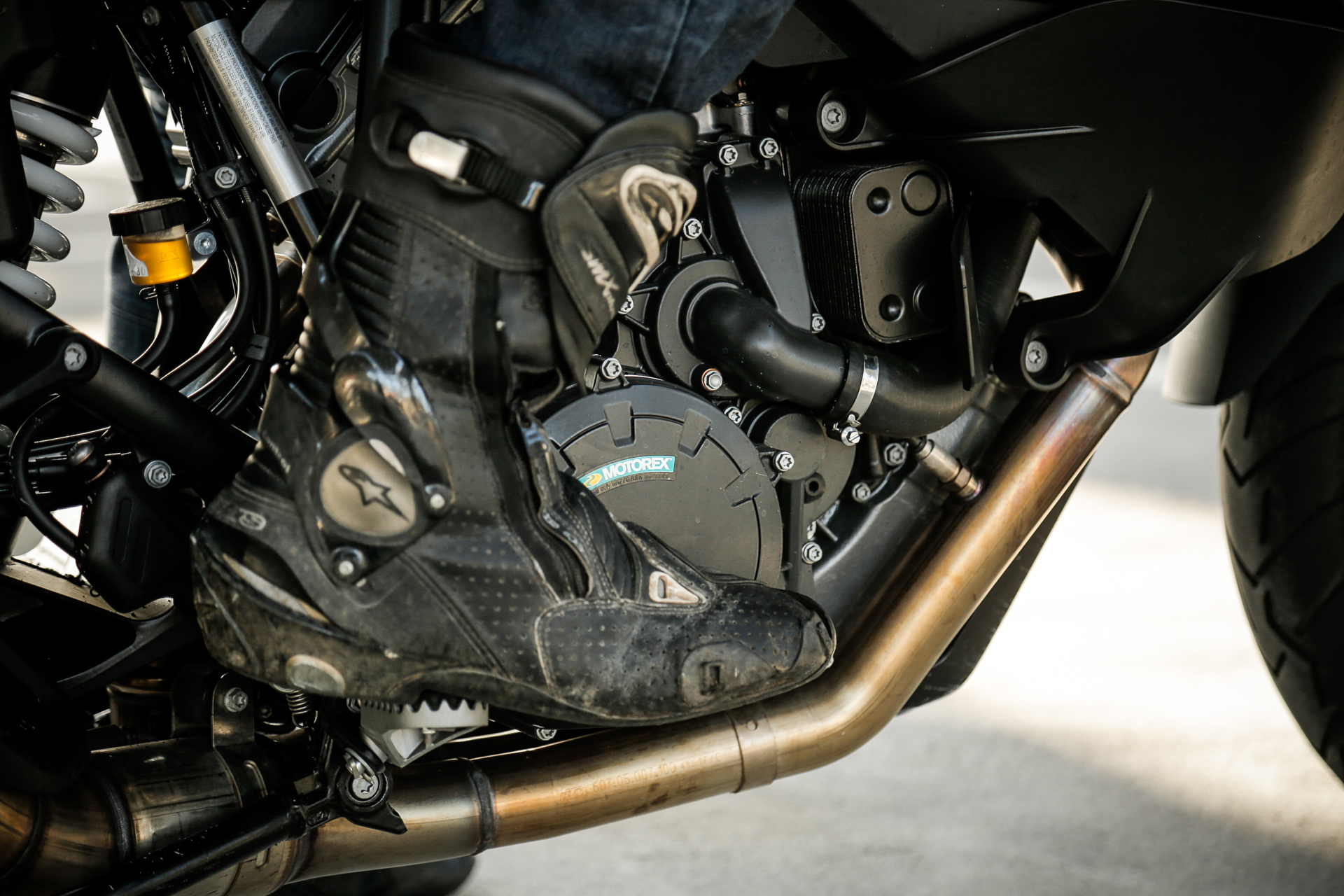Motorcycle Safety Tips: How to Perform an Emergency Stop
