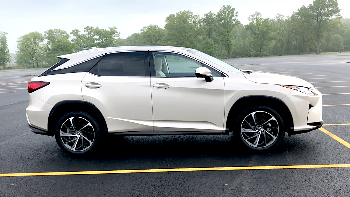 2018 Lexus RX 350 Review: Hiding Aggressively in Plain Sight
