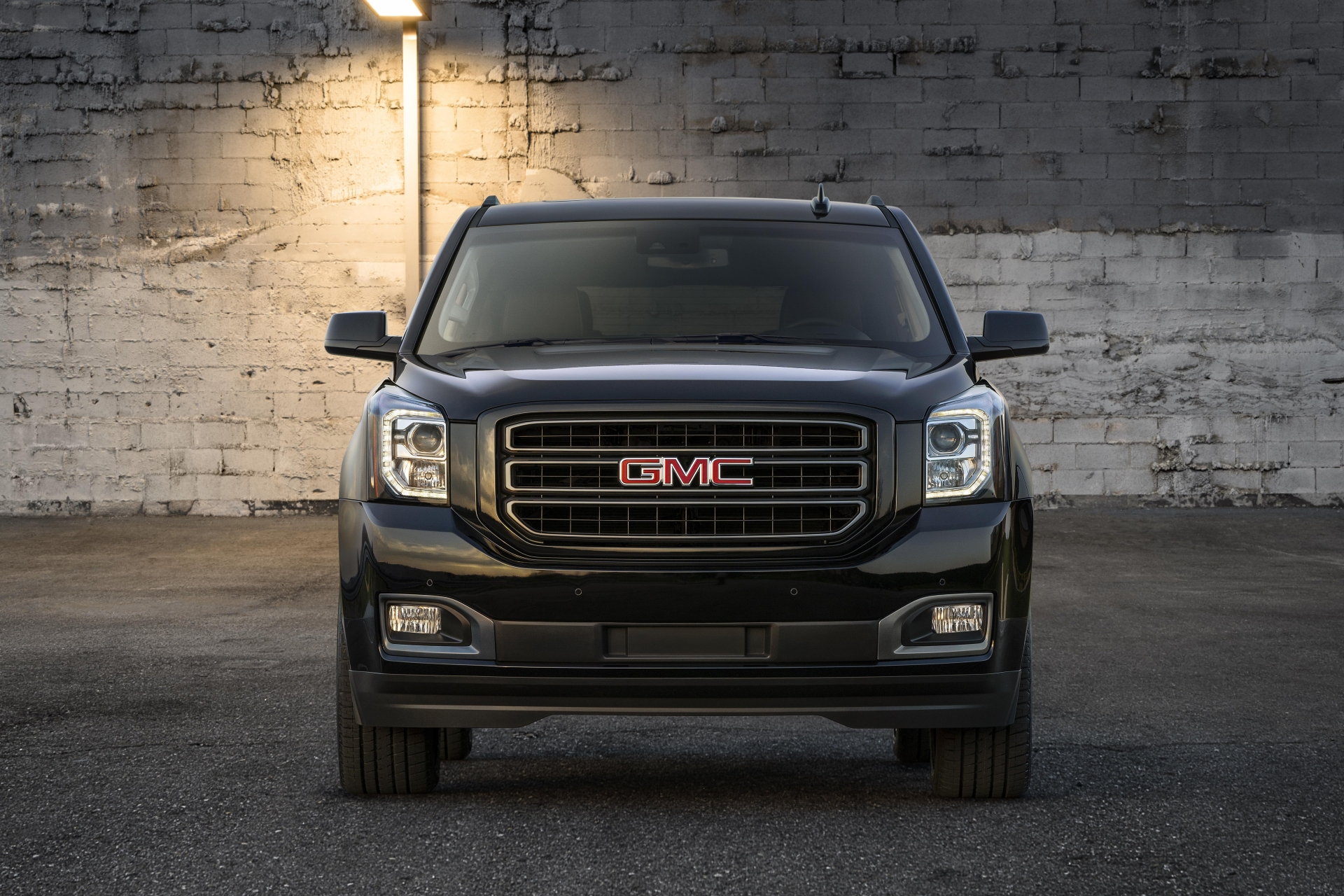 2019 GMC Yukon Graphite Editions: Welcome to the Dark Side ...