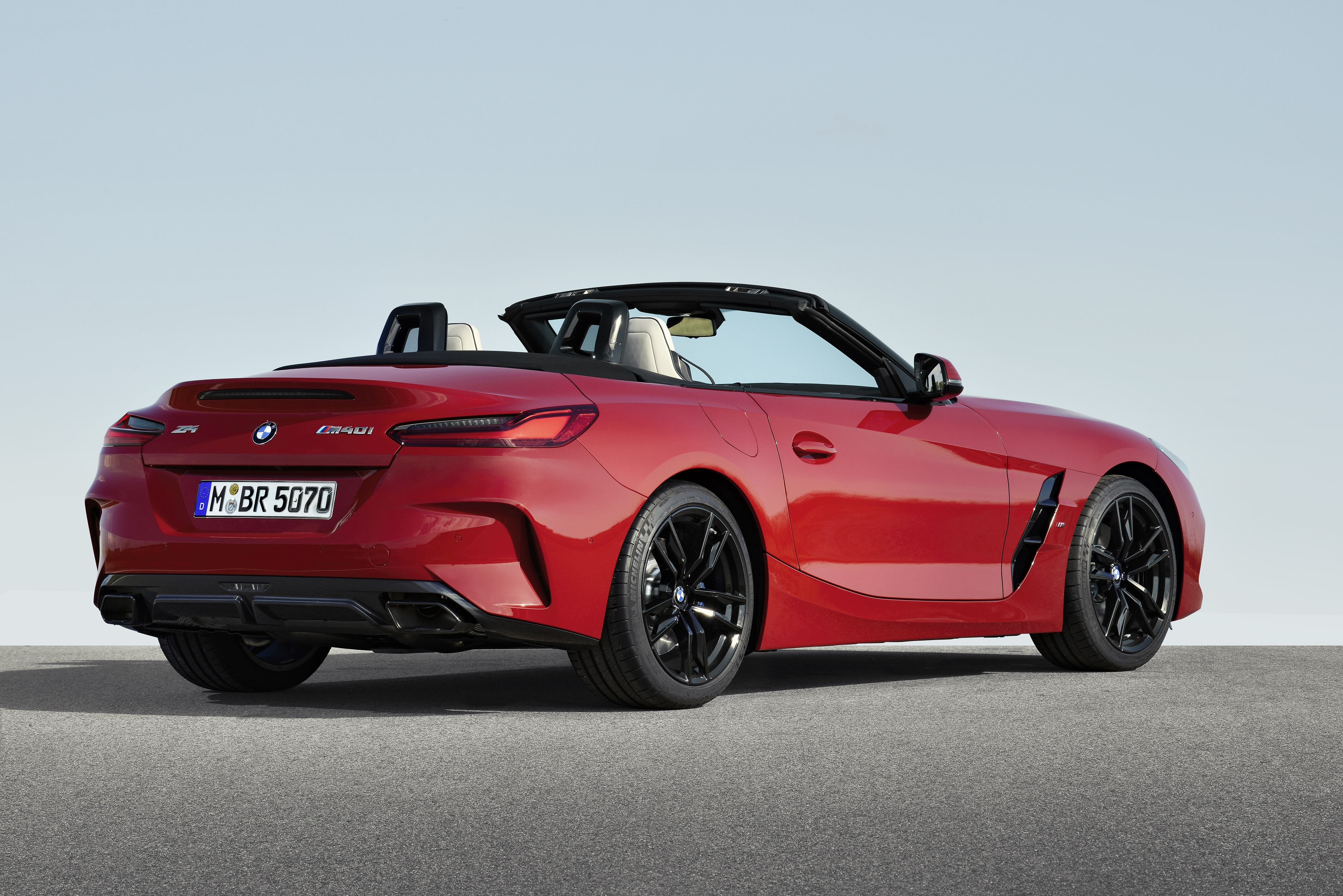 2019 Bmw Z4 Pebble Beach Arrival Matches Handsome Design And Potent