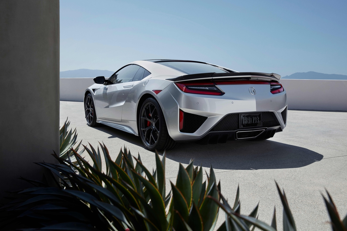 Southern Motors Acura >> 2019 Acura NSX: Revised Chassis, High-Visibility Paint Job ...