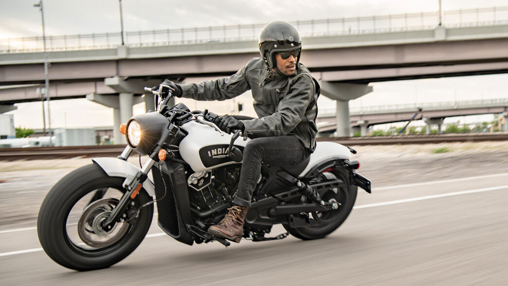 2019 Indian Scout: Standard Safety and Convenience Added for