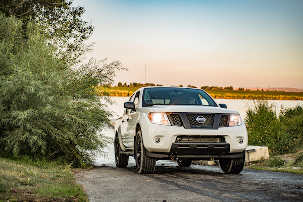 2019 nissan frontier if it ain t broke don t fix it the drive the drive