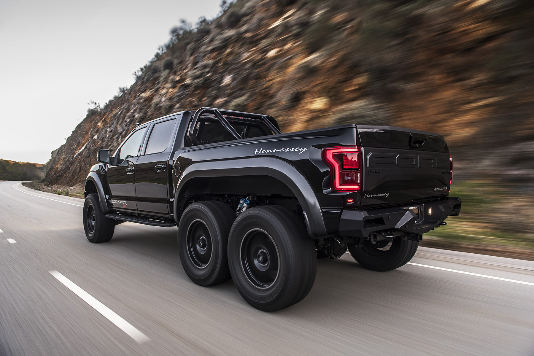 Driving The Hennessey Velociraptor 6x6 Maximum America In A 6 Wheel Drive Ford F 150 Raptor