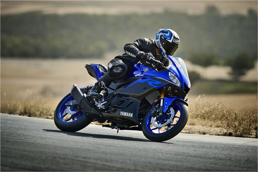 2019 Yamaha YZF-R3: Entry-Level Sport Bike Gets a Fresh Face