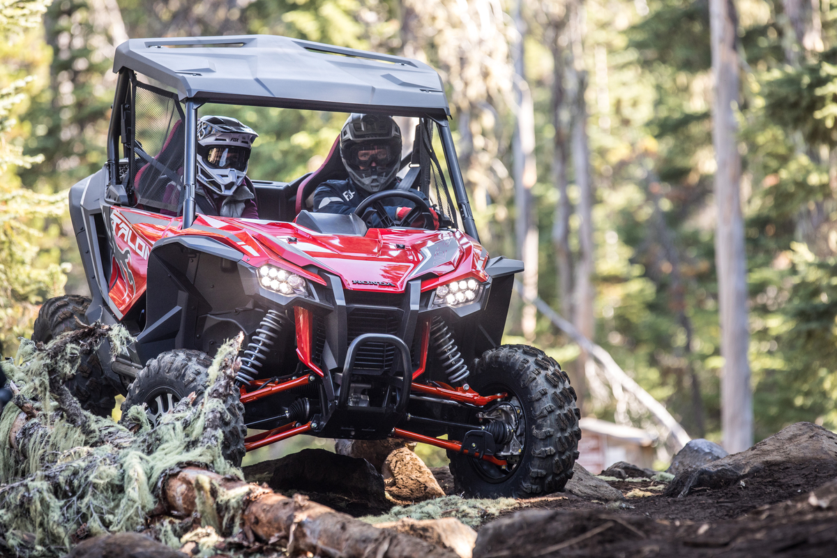 2019 Honda Talon 1000r And 1000x Big Red Gets Into The