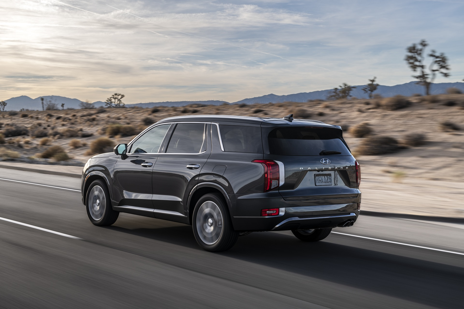 2020 Hyundai Palisade Shooting For A Us Market Homerun With Three