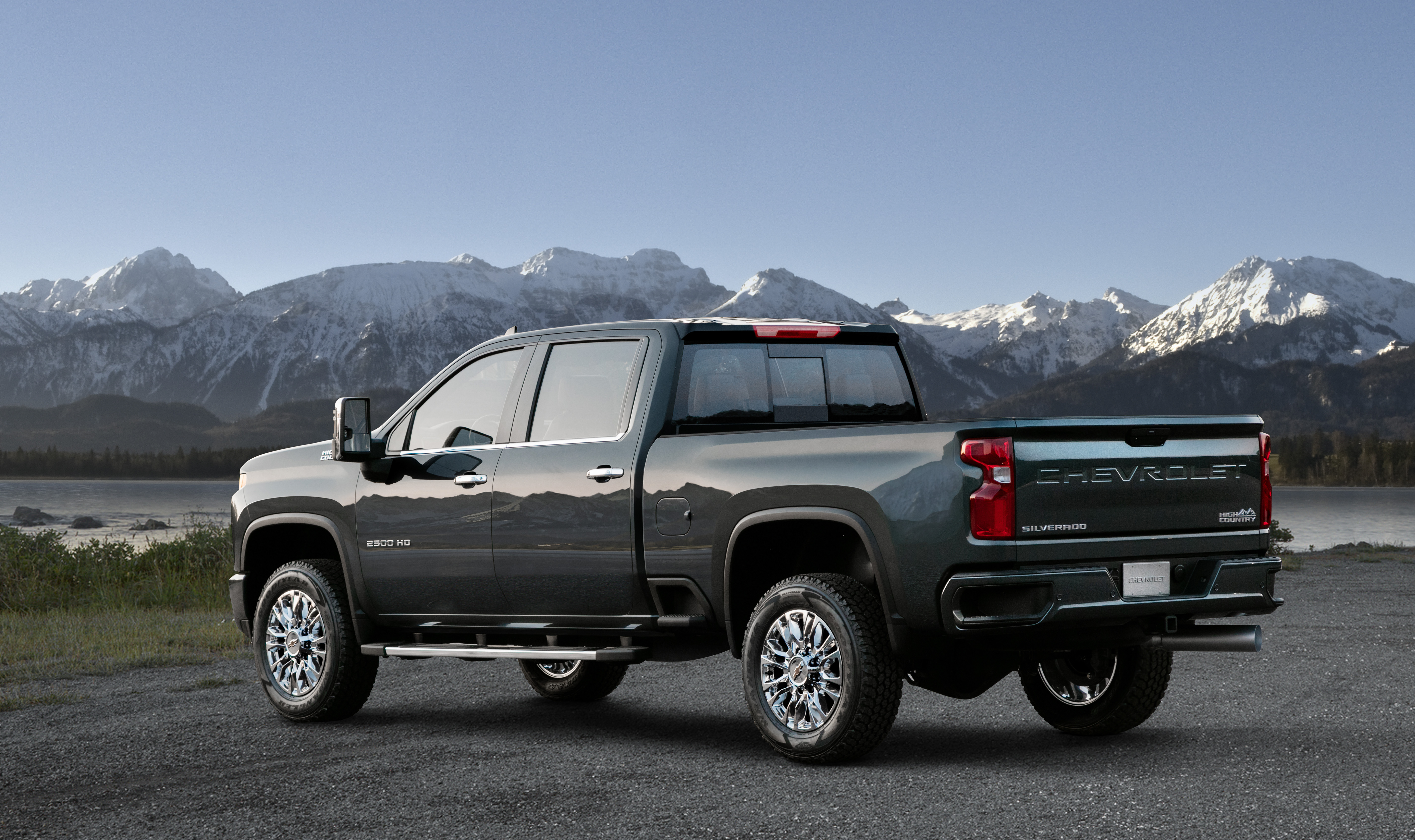Up In Your Grille Chevrolet Shows Off 2020 Silverado Hd High