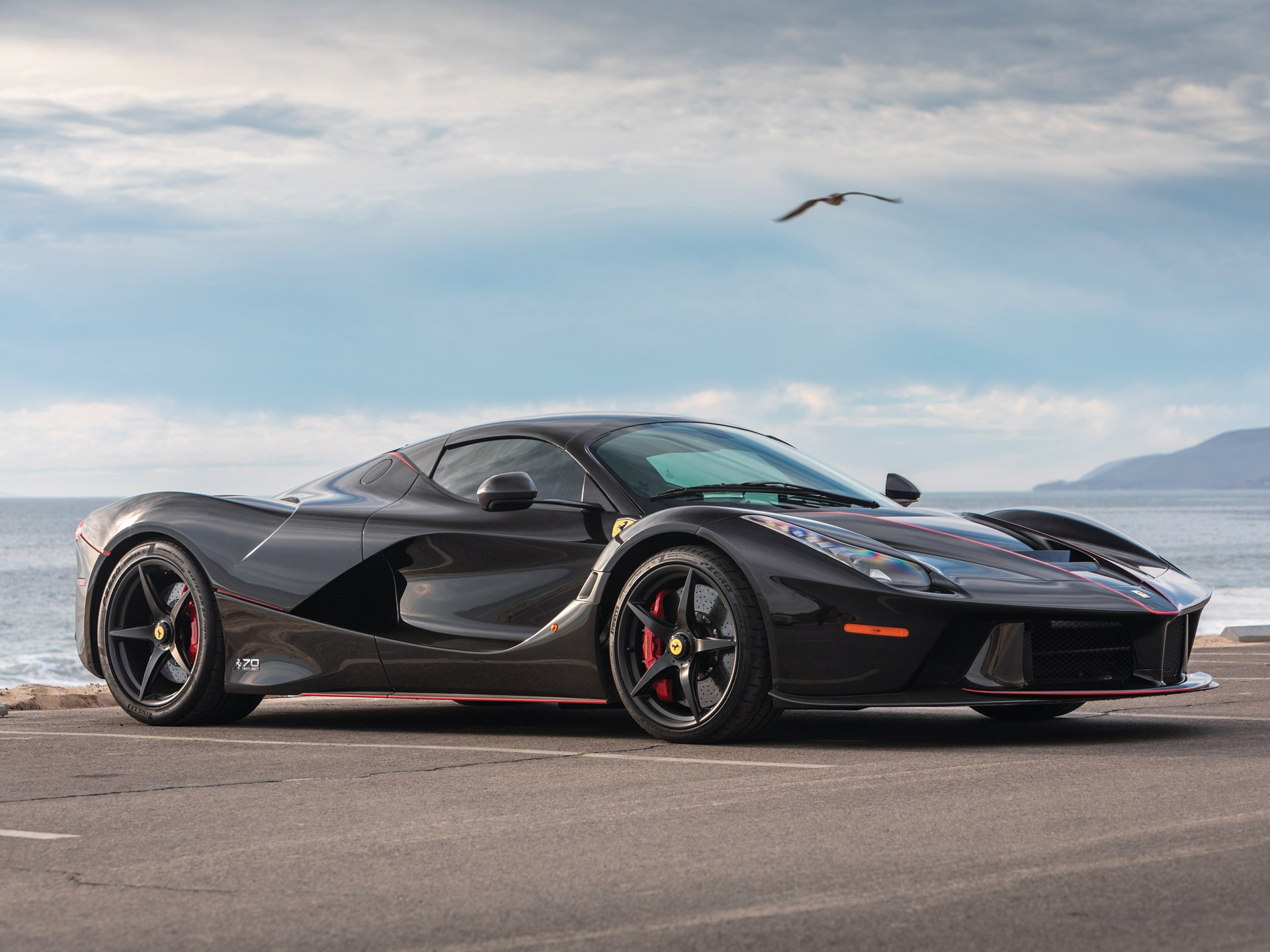 This 1500 Mile Ferrari Laferrari Aperta Could Fetch 85