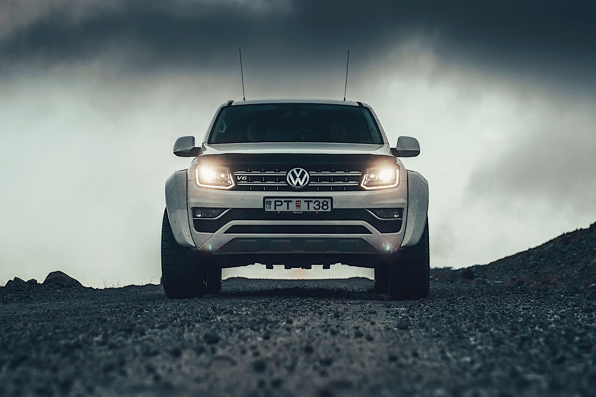 Drive Now Truck Sales >> Volkswagen Amarok AT35 by Arctic Trucks Is the Preeminent Polar Explorer - The Drive