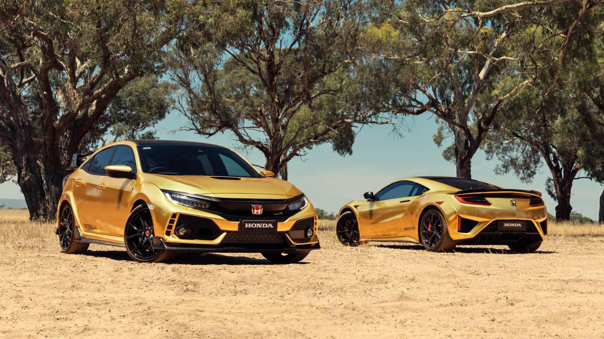 Honda Wrapped A Civic Type R And Nsx In Gold To Celebrate