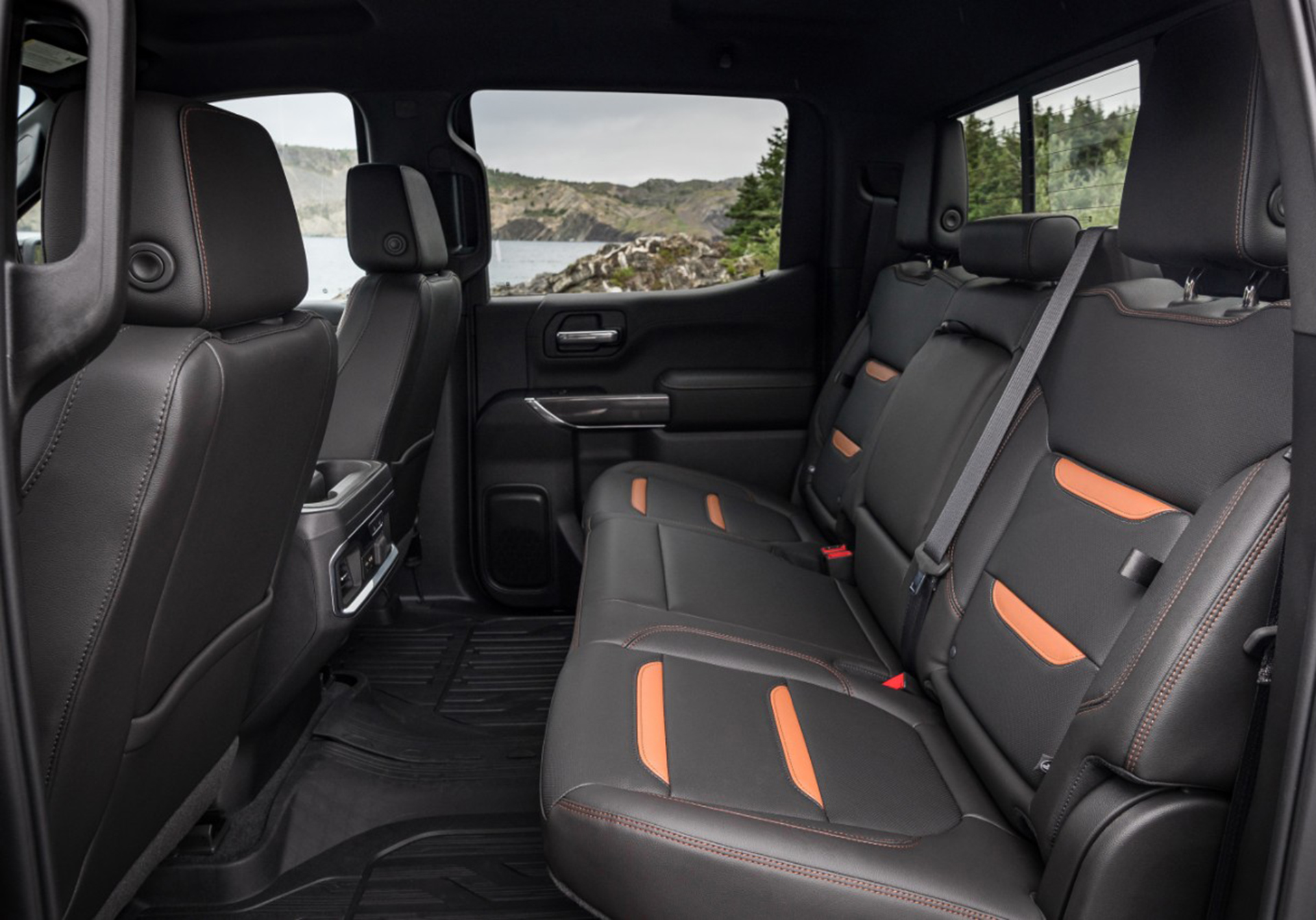 2019 GMC Sierra AT4 back seats