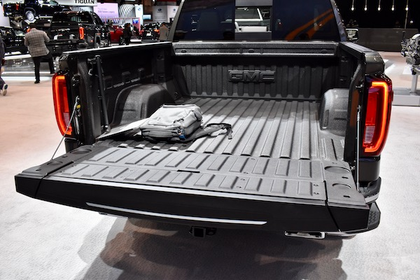 These Are the 5 Best Tailgates of the 2019 Chicago Auto Show
