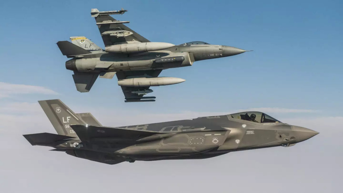Lockheed Martin Deletes Claim That Its Rebranded F 21 Could Be A Path To Indian F 35s