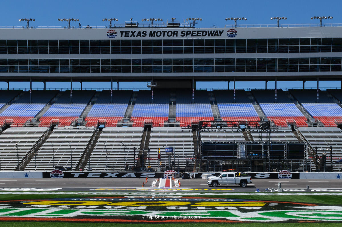 Finishing order at texas motor speedway for Texas motor speedway schedule this weekend
