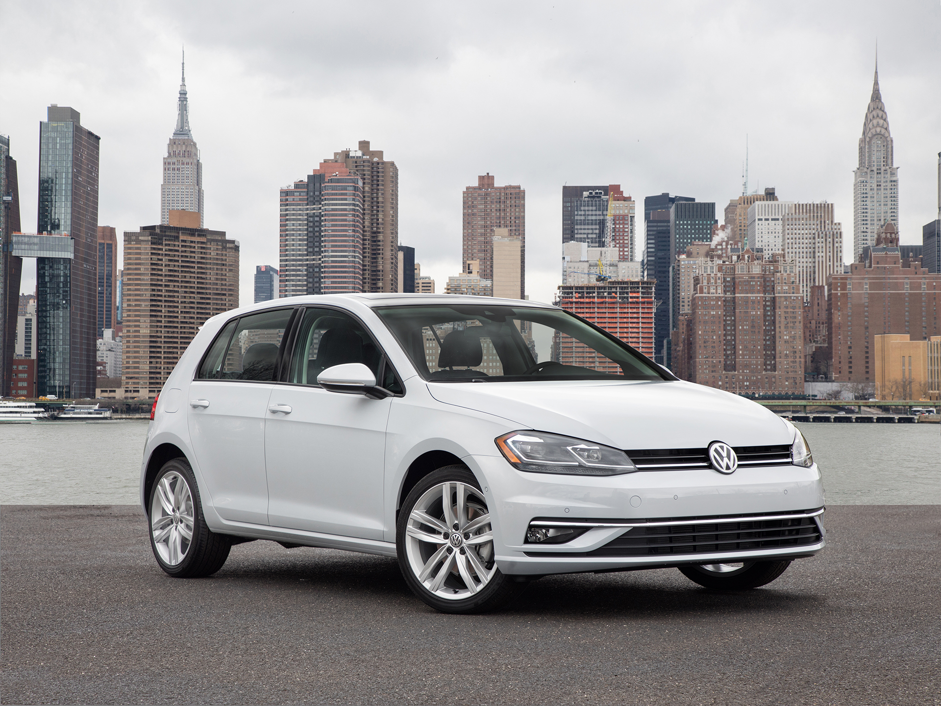 volkswagen updates all the golfs for 2018 the drive. Black Bedroom Furniture Sets. Home Design Ideas