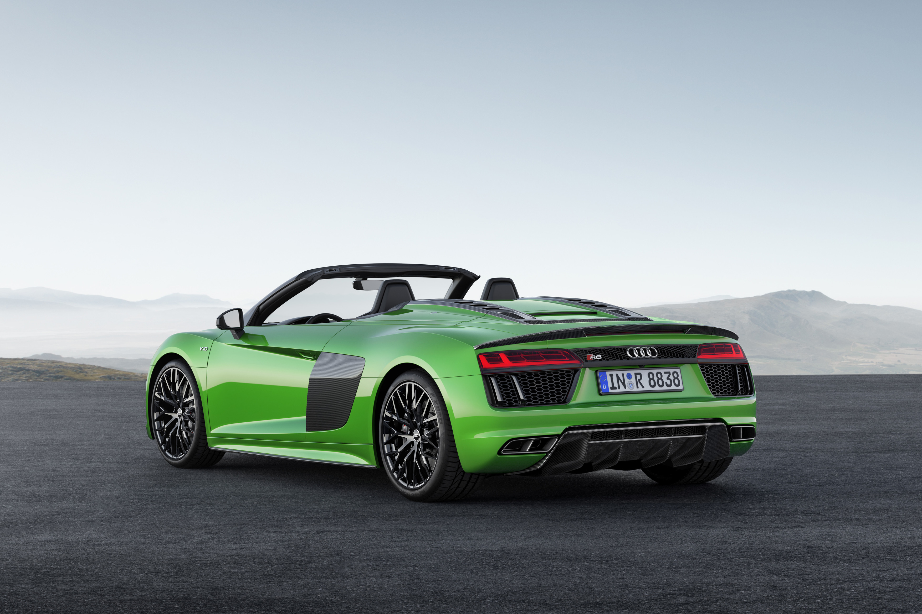 Audi R8 Spyder V10 Plus Is 610 Horsepower of Drop-Top Supercar Sweetness - The Drive