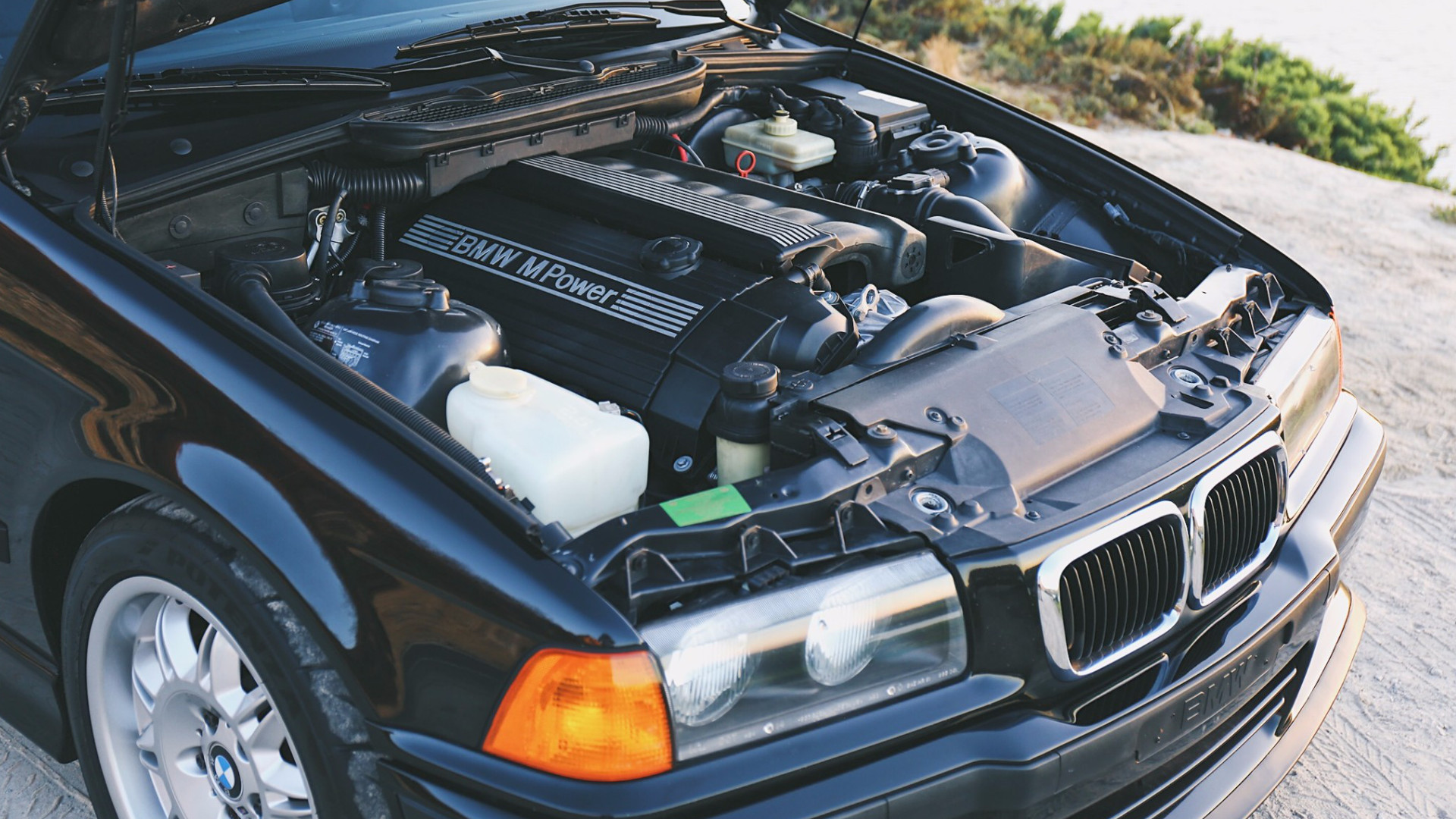 this s52 m3 swapped bmw 318ti is the hot hatch they never. Black Bedroom Furniture Sets. Home Design Ideas