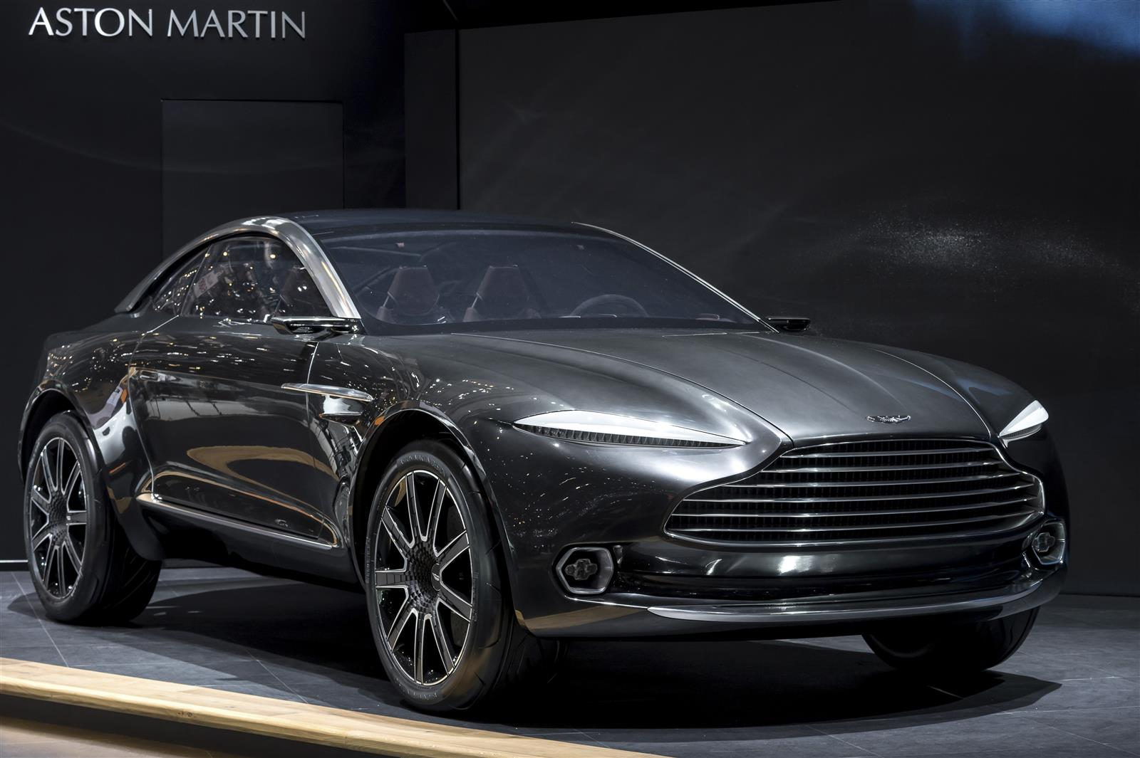 aston martin dbx crossover to launch with gas engines and cameras for side mirrors the drive. Black Bedroom Furniture Sets. Home Design Ideas