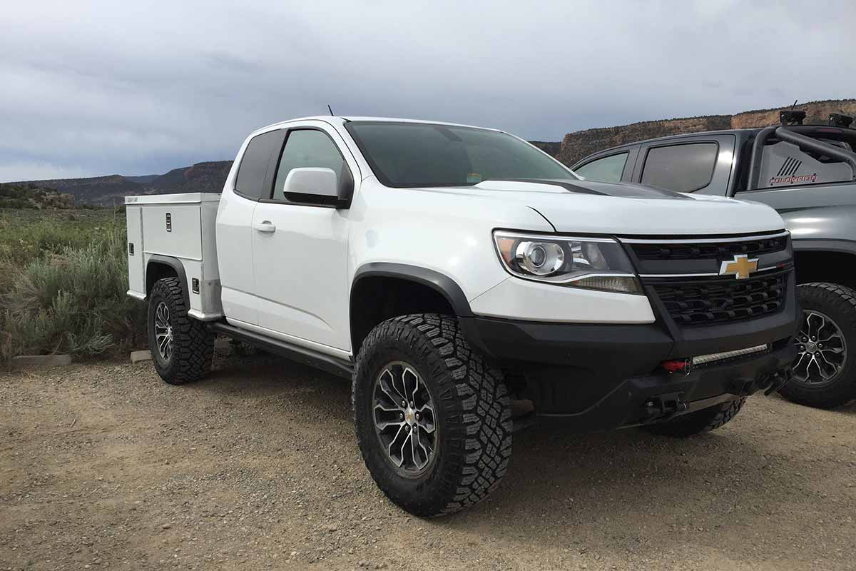 2017 chevrolet colorado zr2 review finally a right sized off road pickup truck warrior the drive. Black Bedroom Furniture Sets. Home Design Ideas