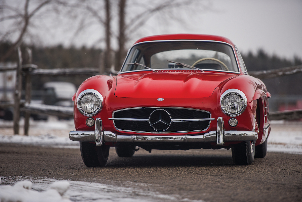 1957 mercedes benz 300 sl gullwing going to auction for 1 for 2 5 million mercedes benz