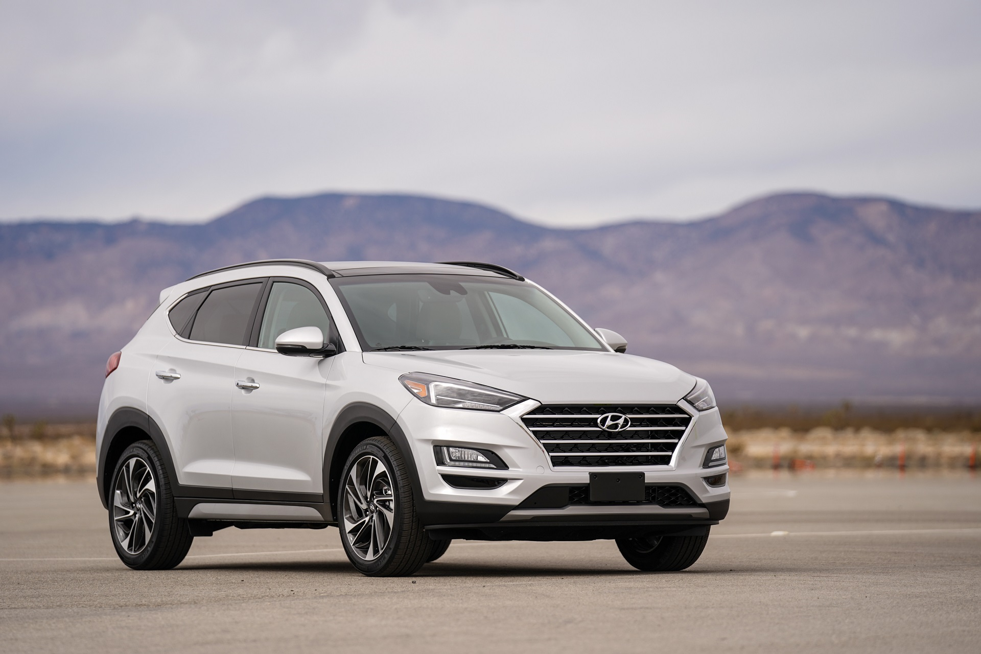 Facelifted 2019 hyundai tucson gets a new interior more tech the drive - Hyundai tucson interior ...