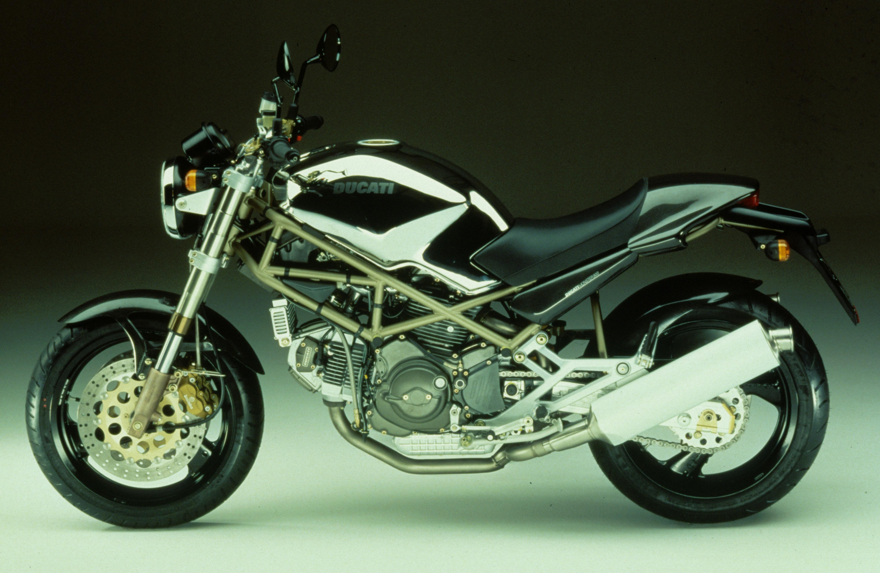 a brief visual history of the ducati monster the drive. Black Bedroom Furniture Sets. Home Design Ideas