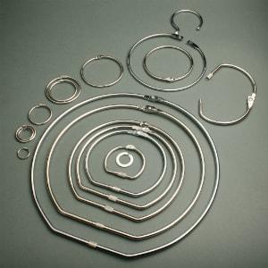 Hinged card rings