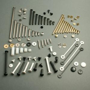 Tornillos de fijación y accesorios