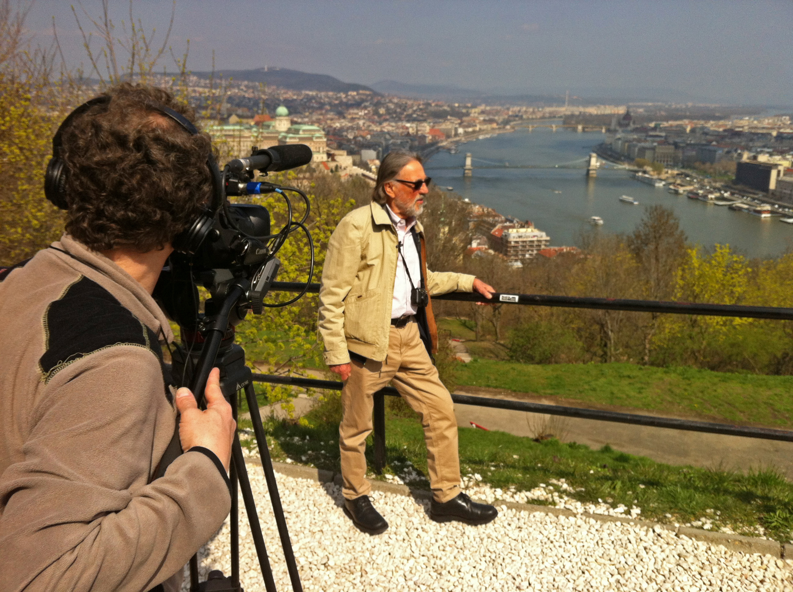 Olivier Chambon, AFC filming Vilmos in Budapest. Photo by the filmmaker
