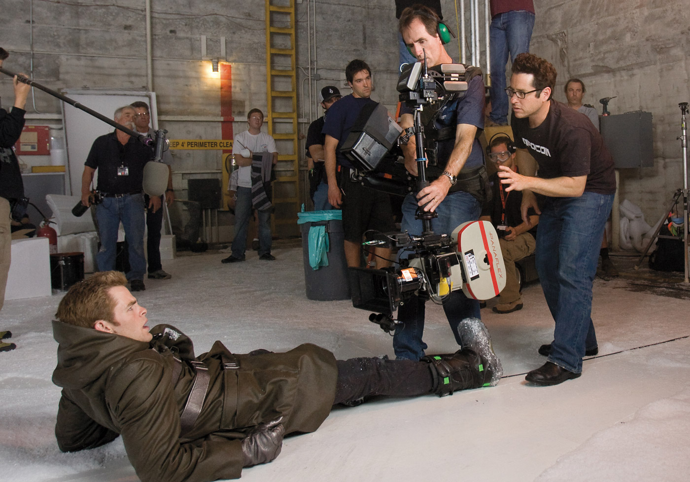 Abrams sets up a Steadicam shot on actor Chris Pine.