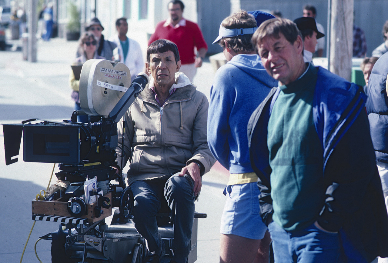 Shooting Star Trek IV: The Voyage Home in San Francisco, Don Peterman, ASC (foreground) plots out his next move as director Leonard Nimoy takes a turn at the eyepiece.
