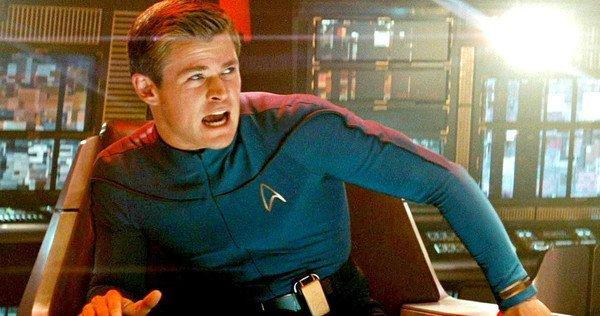 chris-hemsworth-as-george-kirk-star-trek-2009