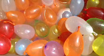 Great-american-water-balloon-fight2