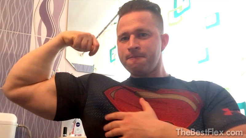 Superman Biceps