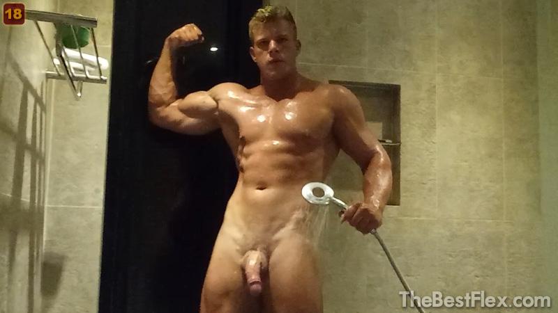 Flex and Cum - Shower
