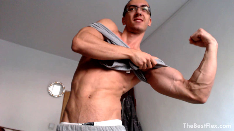 Ripped sexy flexing