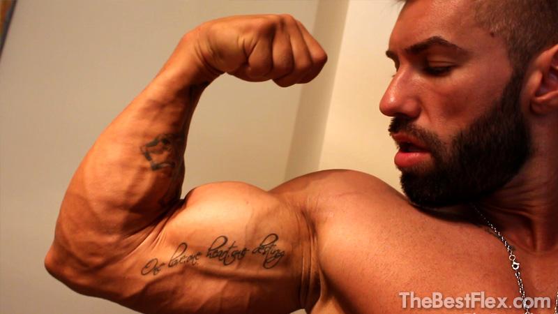 Super Sexy Biceps